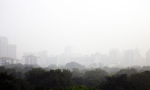 Health emergency declared as smog blankets Indian capital