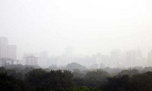 Over 25,000 schools remain shut as smog envelopes India
