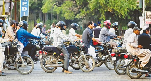 700 new motorbikes hit city roads every day, multiply traffic problems