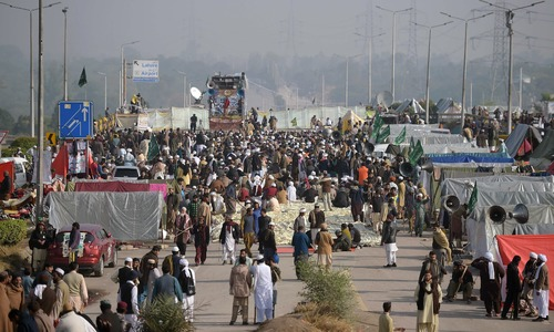 Who is backing Faizabad sit-in, asks SC judge