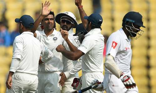 Sri Lanka lose early wickets against India