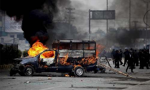 In pictures: Islamabad standoff intensifies as security forces, protesters clash