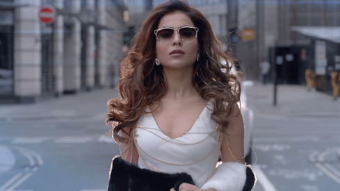 Humaima Malick works her magic in Arth 2's latest music video