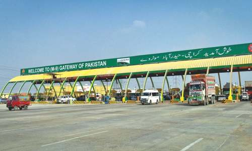 Citizens unhappy with hefty increase in Karachi-Hyderabad toll tax