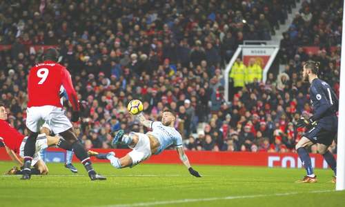 Otamendi gives City derby delight, EPL title race turning into procession