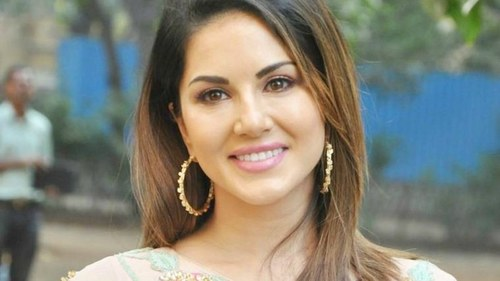 Will Sunny Leone be cast in film inspired by Meena Kumari's life?