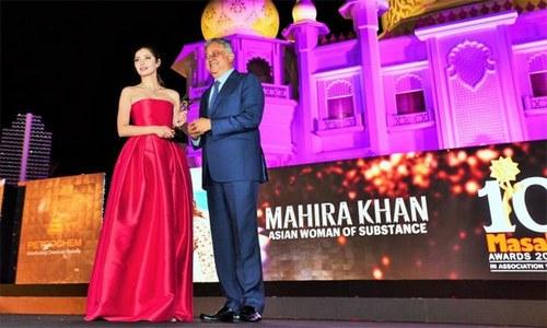 پاکستانی اداکاراؤں کے نام مصالحہ ایوارڈز