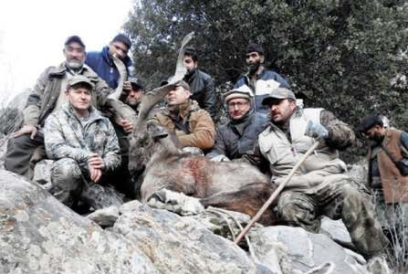 Canadian hunts Kashmir markhor in Chitral