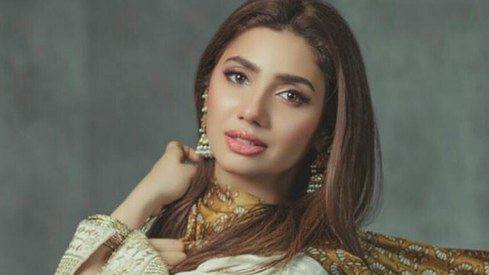 Mahira Khan gets some birthday love from across the border