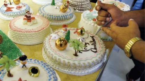 Christmas cakes sell fast in Islamabad's best bakeries