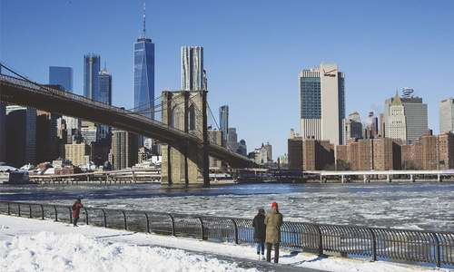 Record-breaking low temperatures torment US, Canada