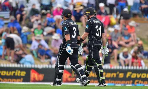 New Zealand grab 8-wicket win in second rain-hit ODI against Pakistan
