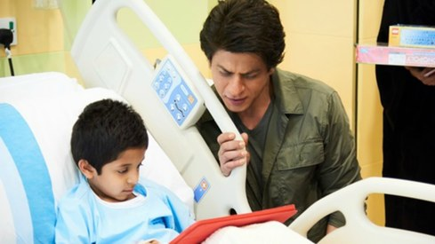 SRK bags Crystal Award for 'championing children's and women's rights in india'