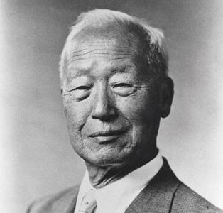 جنوبی کوریا نے مئی 1948ء میں آزاد مملکت ہونے کا اعلان کیا اور اس کے پہلے رہنما سینگمین ری بنے، جنہیں امریکا نامزد کیا تھا۔