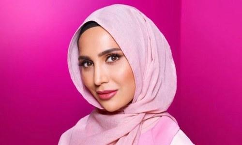 خوبصورت بالوں کی مہم میں پہلی بار باحجاب ماڈل