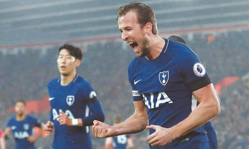 Spurs held despite Kane strike, Saints stay in relegation zone