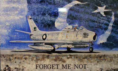 A stroll through the PAF museum: When a soldier takes up brushes, art happens