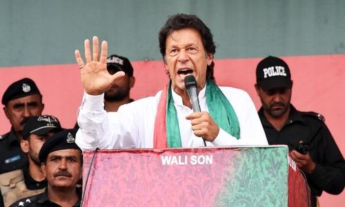 لودھراں میں شکست: وقت اب بھی عمران خان کے ہاتھ سے نکلا نہیں