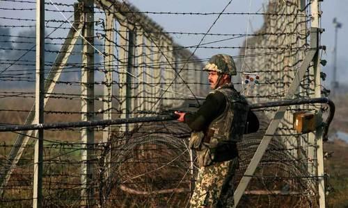 بھارتی فائرنگ سے بچہ ہلاک، جوابی کارروائی میں دو بھارتی فوجی ہلاک