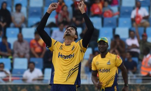 Peshawar Zalmi bounce back with 34-run win over Islamabad United