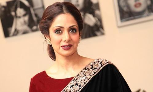 معروف بھارتی اداکارہ سری دیوی انتقال کر گئیں