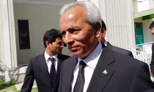 Nehal Hashmi served another contempt of court notice for latest 'anti-judiciary' speech