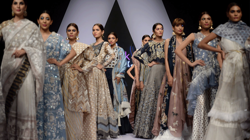 Nida Azwer was the highlight of a mixed show on Day 2 of the PFDC Sunsilk Fashion Week