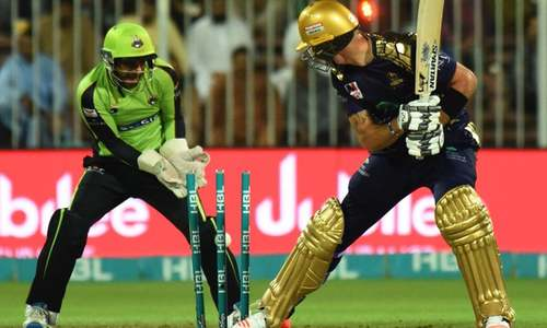 Lahore Qalandars defeat Quetta Gladiators by 17 runs for their third straight win of PSL 2018