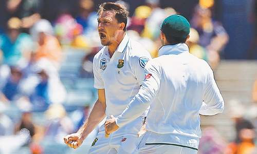 Steyn rules himself out  of third Australia Test