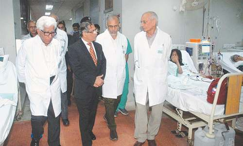 CJP visits SIUT, announces organ donation