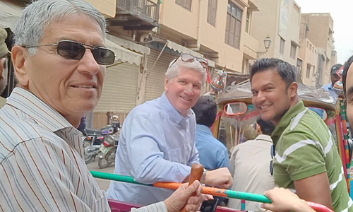 پی ایس ایل: غیر ملکی کمنٹیٹرز کے لاہور میں سیر سپاٹے
