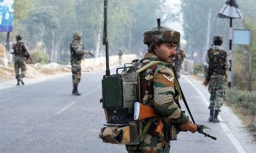 کشمیر: بھارتی فوج کی فائرنگ سے 4 نوجوان جاں بحق