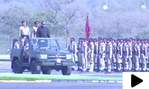 یوم پاکستان پرعسکری طاقت  کاعظیم الشان مظاہرہ