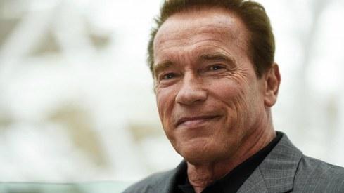 Schwarzenegger wakes from heart surgery declaring: 'I'm back!'