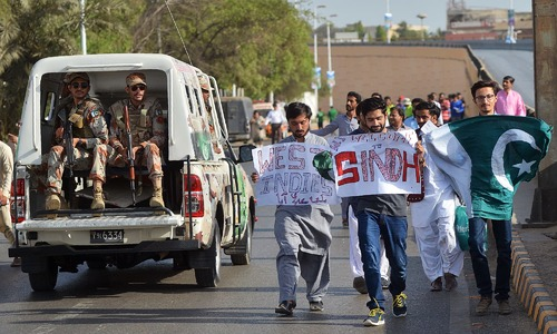 Karachiites show up in great numbers amid tight security to welcome international cricket