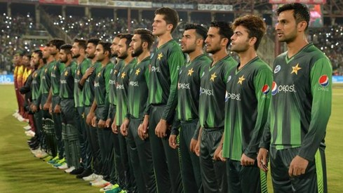 18,000 Karachiites saved the national anthem at the Pak vs WI match