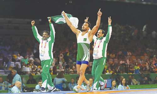 Wrestler Inam Butt clinches first gold medal for Pakistan in CW Games