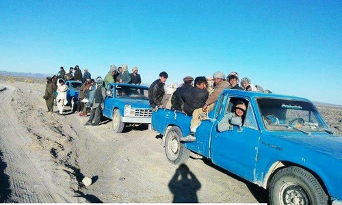 Convoy of Zamyads transporting Afghan illegal migrants in Mashkel.