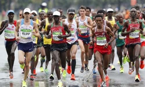 London Marathon runner dies in hospital