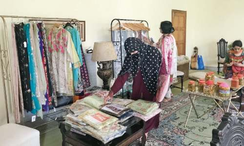 Home-based exhibitions woo local female buyers