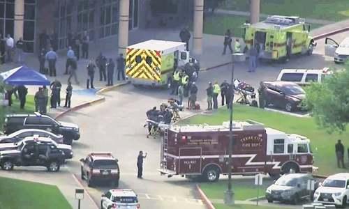 Eight killed in Texas school shooting spree