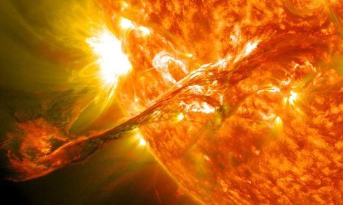 کیا سورج ہمارے لیے ہمیشہ فائدہ مند ثابت ہوا یا یہ جان لیوا بھی ہے؟