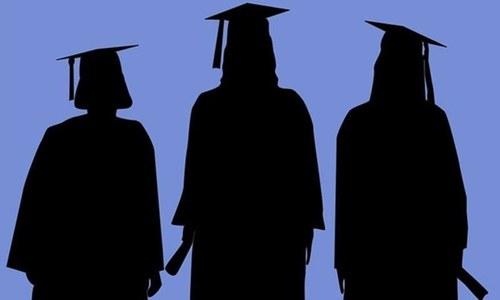 کیا پاکستان میں بیروزگاری خراب تعلیمی معیار کی وجہ سے ہے؟