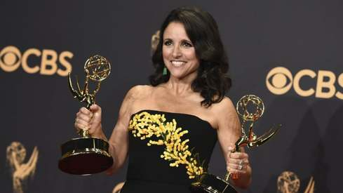 Julia Louis-Dreyfus will receive the Mark Twain prize for a lifetime in comedy