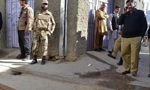 2 policemen among four killed in Quetta firing