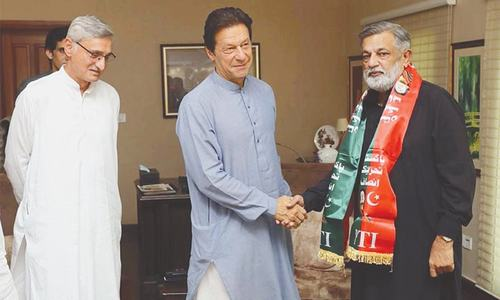 Imran hopes for 'real change' in Karachi after Godil joins PTI