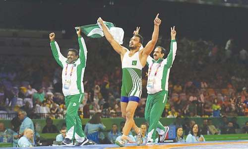 Inam wants wrestlers to train abroad for Asian Games
