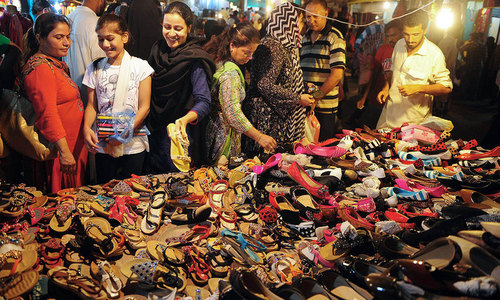 کیا اس بار بھی کراچی میں عید کی ریکارڈ خریداری ہوئی ہے؟