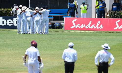 Sri Lanka fury as 'ball-tamper' row threatens second Test