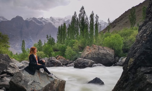 Starry Nights, Sparkling Streams and Mighty Mountains - HUAWEI P20 Pro Shows it All!